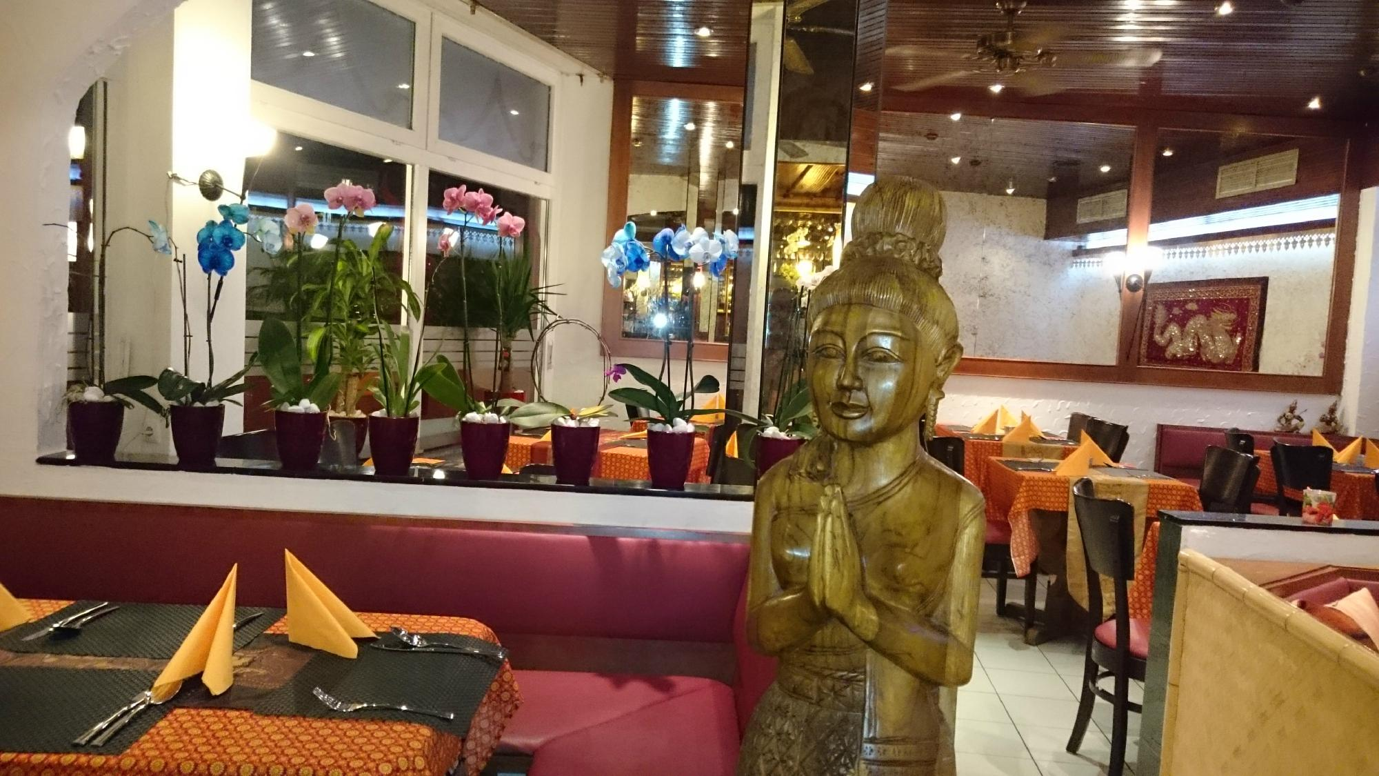 Things To Do in Vietnamese, Restaurants in Vietnamese