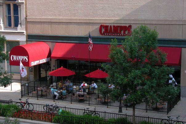 Champps Restaurant Bar Downtown Indianapolis