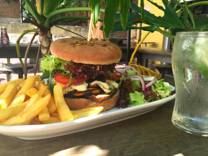 The observer hotel sydney the rocks restaurant for Australian cuisine restaurants