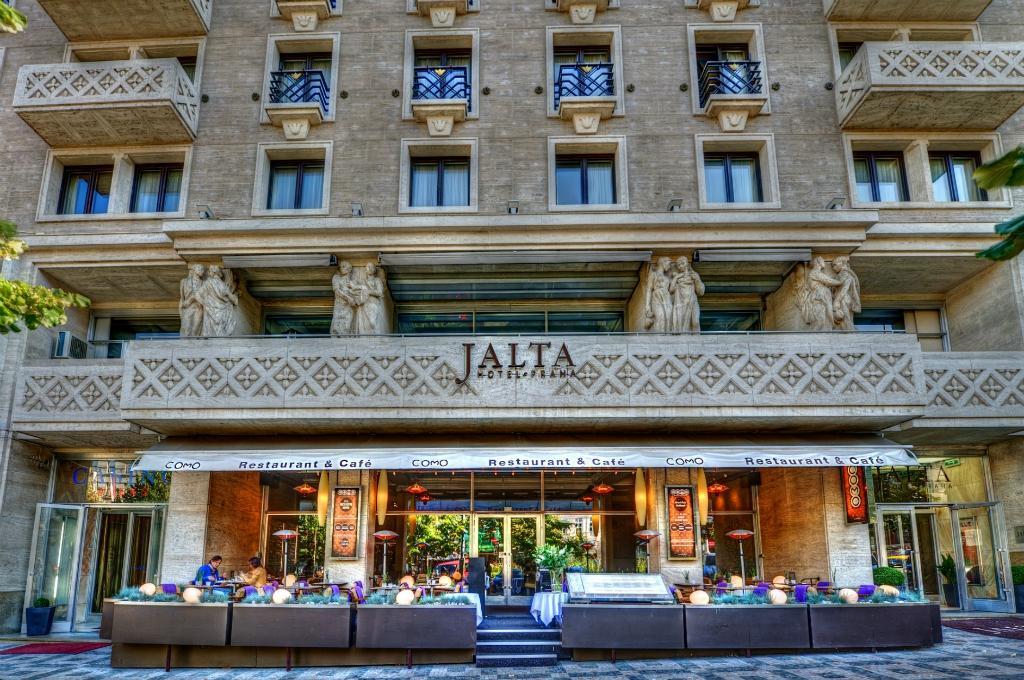 ヤルタ ホテル プラハ