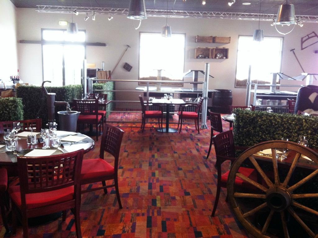 La Table Ronde Bourbon L 39 Archambault Restaurant Avis Num Ro De T L Phone Photos Tripadvisor