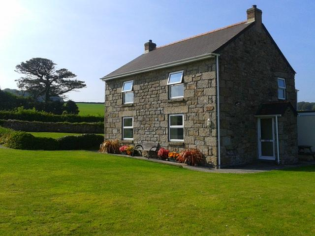 Trevethoe Farm Cottages