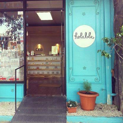 Holalola Souvenir Shop