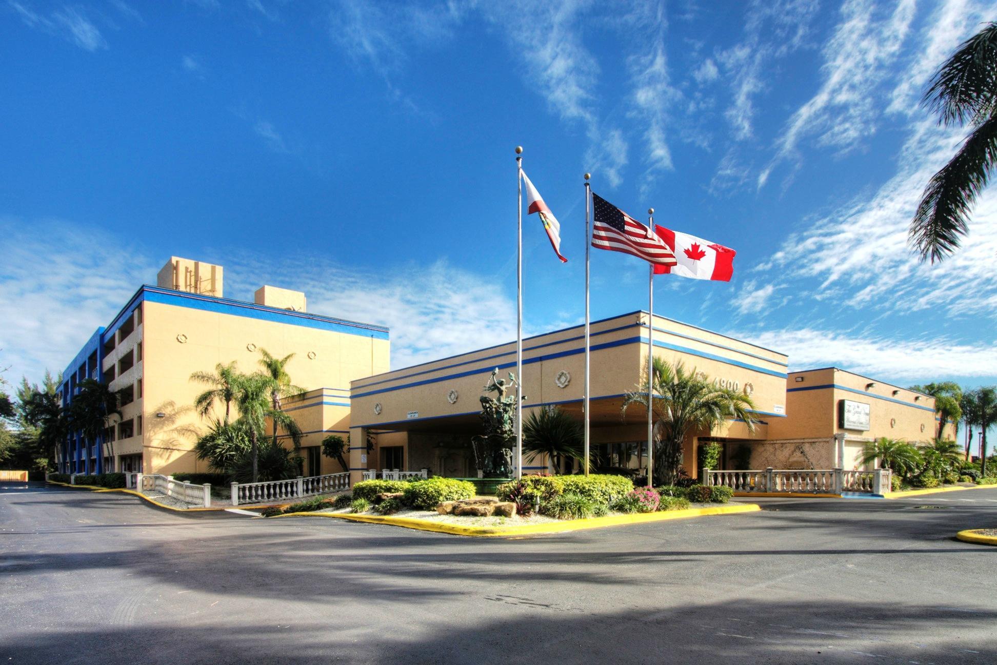 Universal Palms Hotel