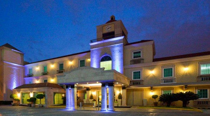 BEST WESTERN PLUS Monterrey Colon