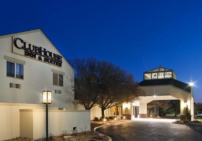 Clubhouse Inn & Suites Albuquerque