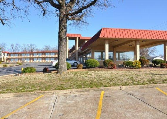 Batesville (AR) United States  city pictures gallery : Econo Lodge Batesville AR Hotel Reviews TripAdvisor