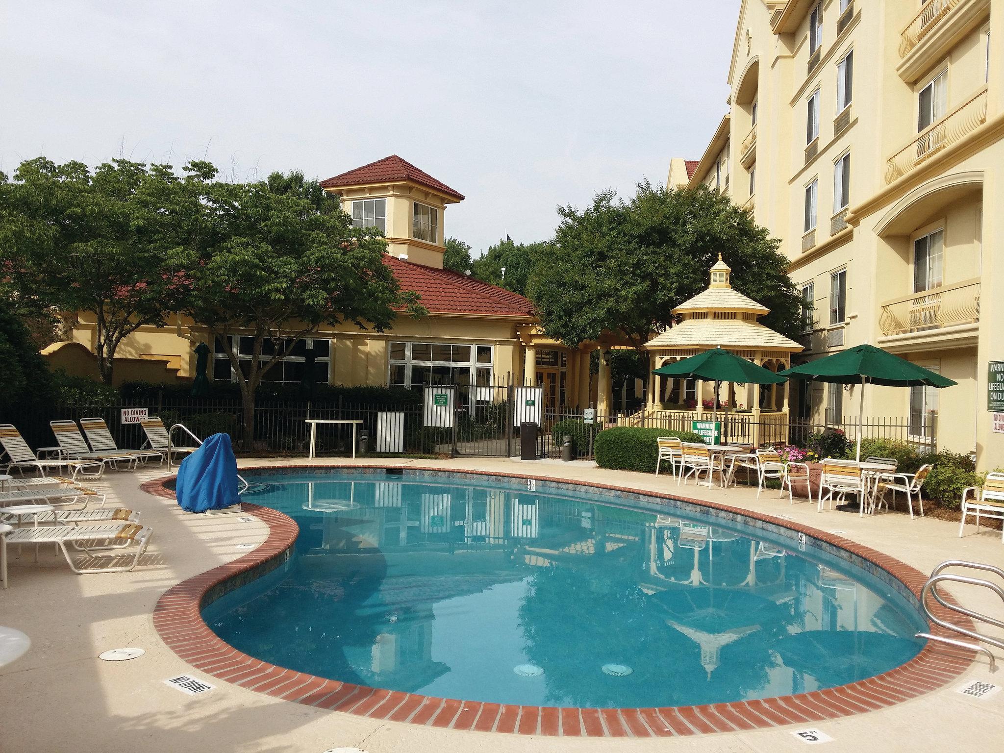 La Quinta Inn & Suites Raleigh Crabtree