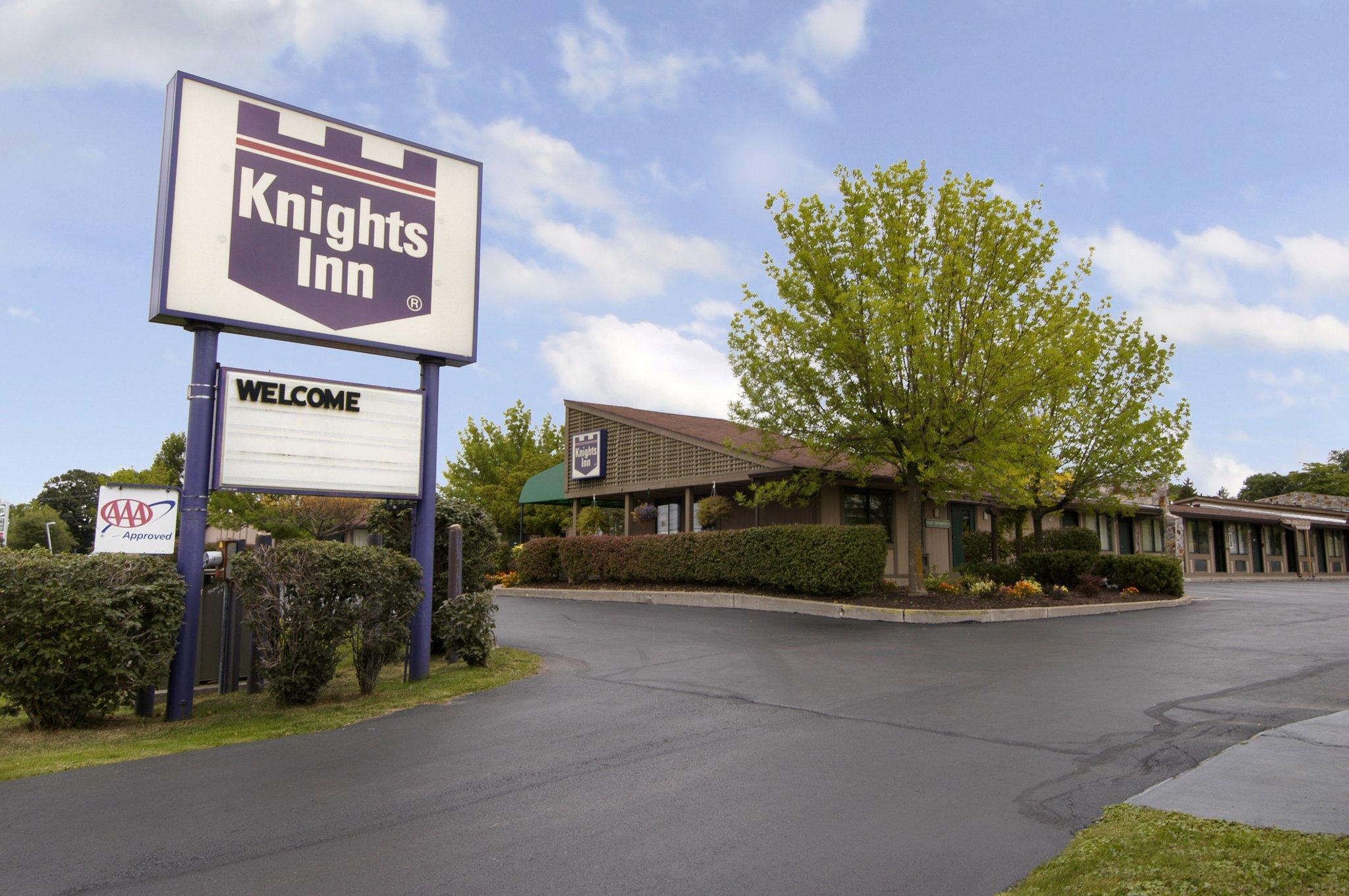 Knights Inn Syracuse / Liverpool