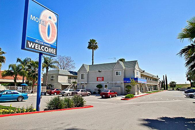Motel 6 Bakersfield East