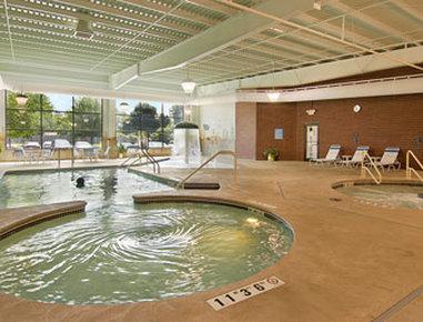The 10 Closest Hotels To Brown Mackie College Quad Cities Bettendorf Ia Tripadvisor