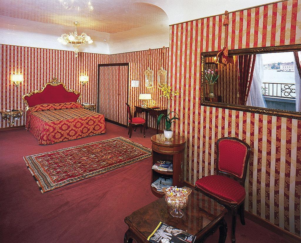 坎達維瓦爾蒂酒店