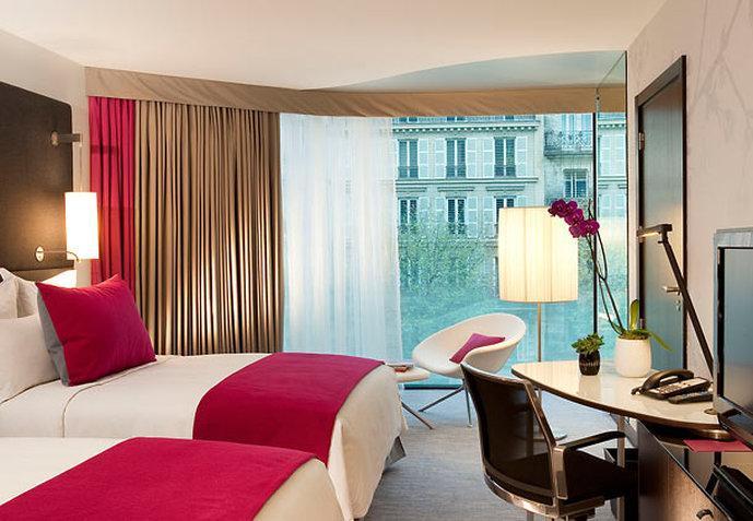Renaissance Paris Arc de Triomphe Hotel
