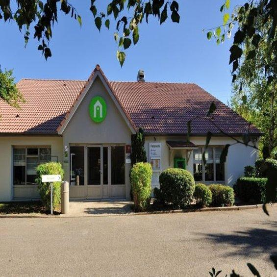 Viriat France  city pictures gallery : Campanile Bourg En Bresse Viriat France Hotel Reviews ...