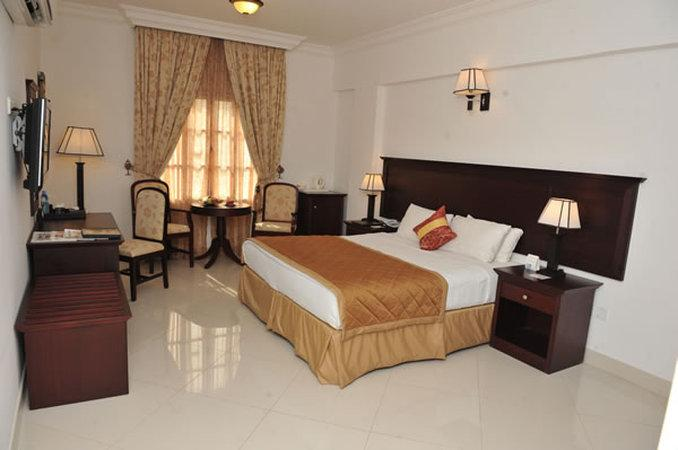 โรงแรมอัลมาฮาอินเตอร์เนชั่นแนล