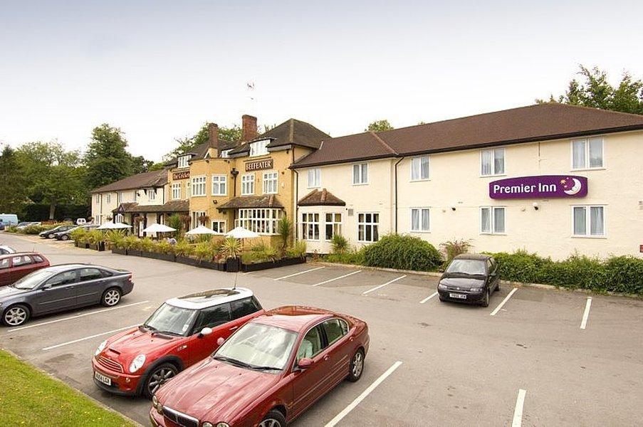 Premier Inn Bagshot Hotel
