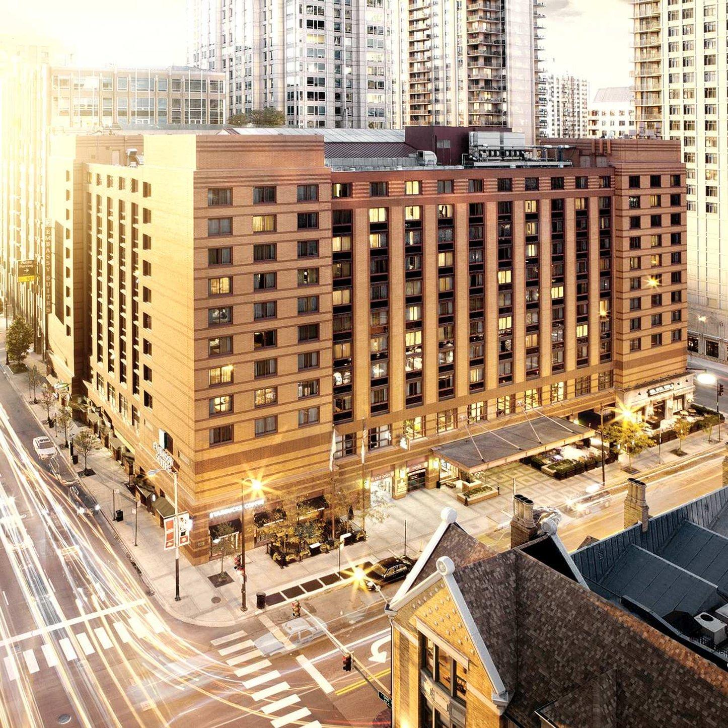 Embassy Suites by Hilton Chicago Downtown