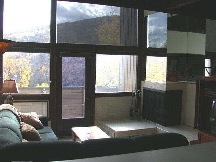 紅姆斯特極簡公寓