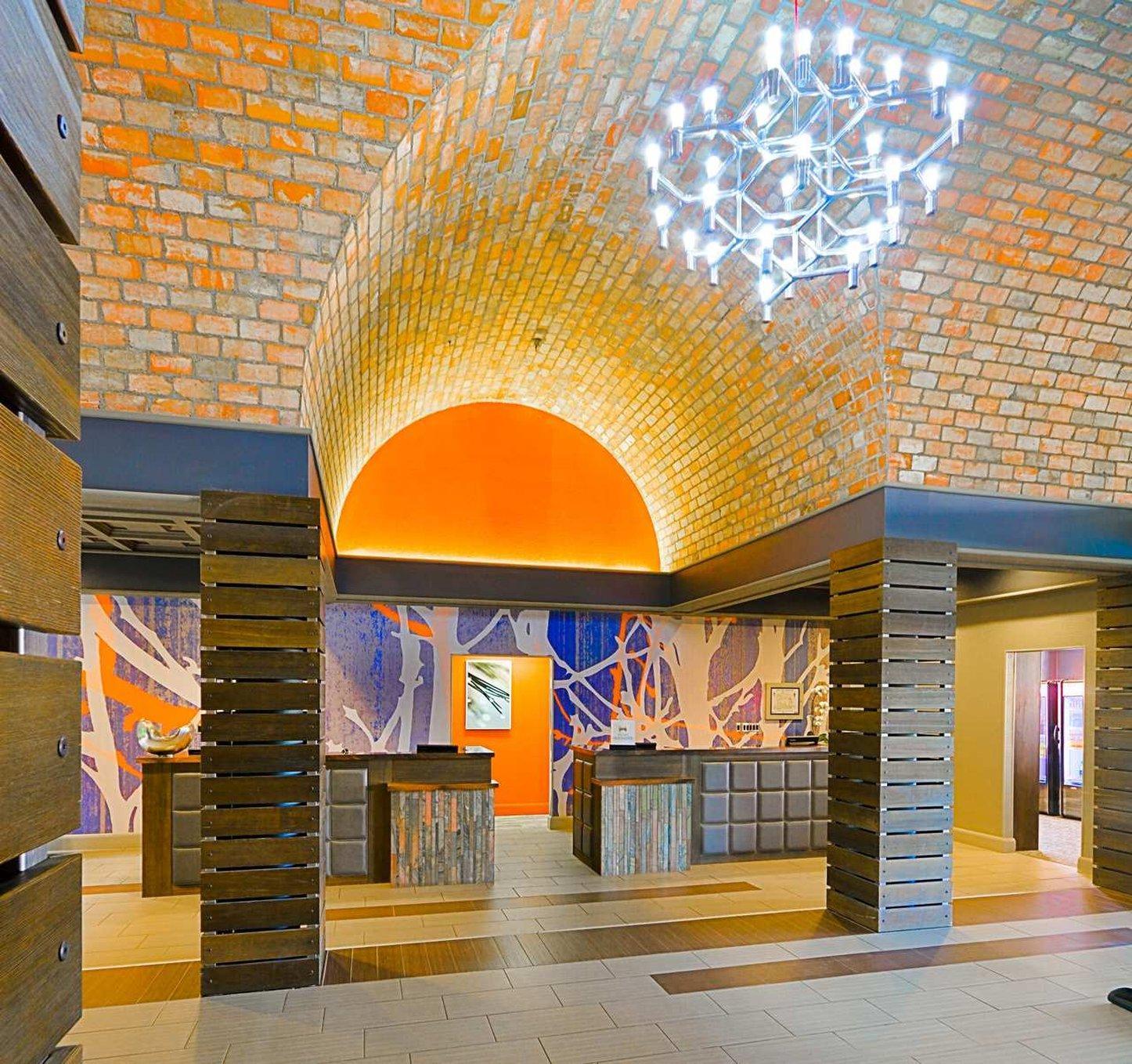 Embassy Suites by Hilton Denver Stapleton