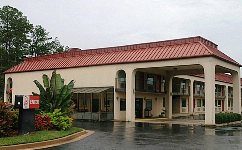 西梅肯紅屋頂飯店