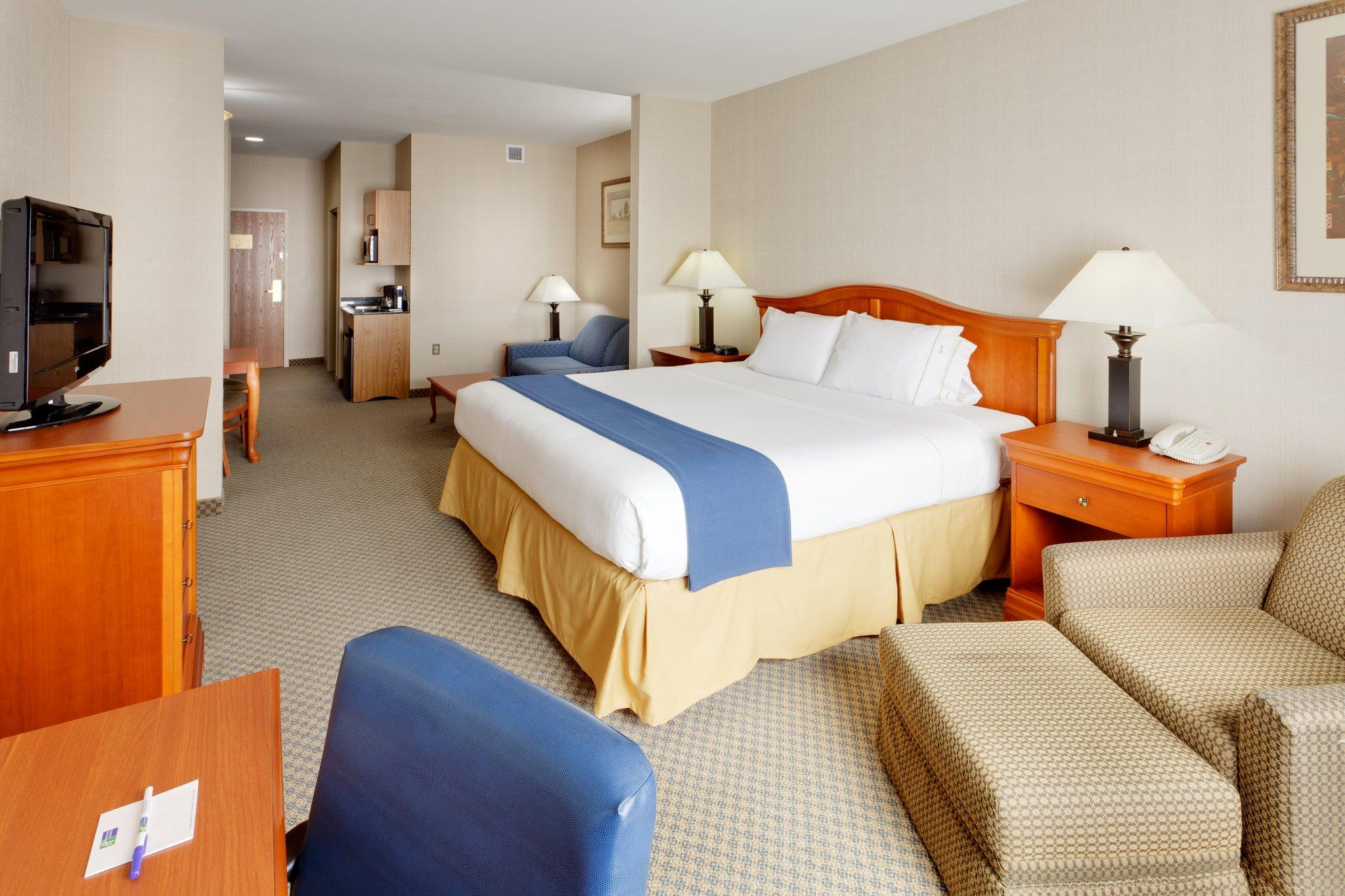 Holiday Inn Express Victor