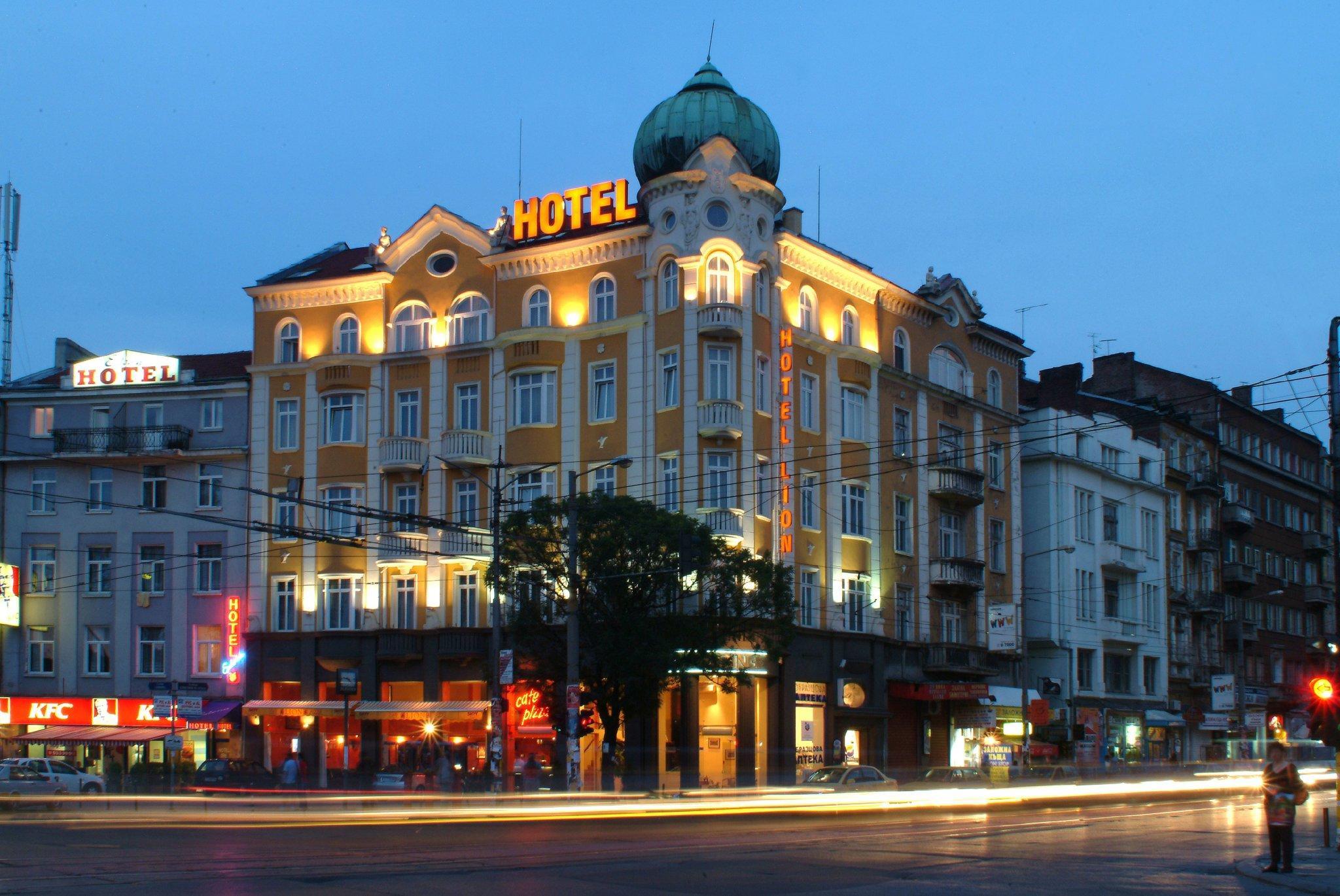 Hotel Lion