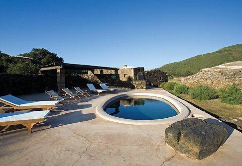 Santa Teresa Resort