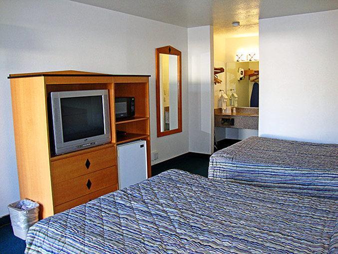Motel 6 ogden 21st street ut review hotel for Aroy d thai cuisine ogden ut