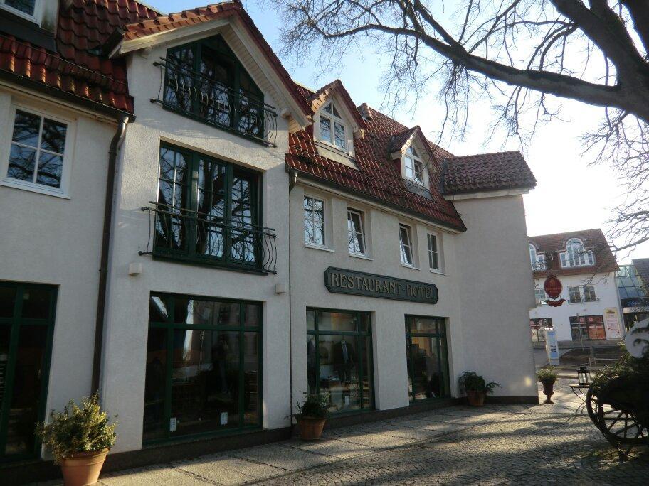romantik hotel kaufmannshof bergen duitsland foto 39 s reviews en. Black Bedroom Furniture Sets. Home Design Ideas