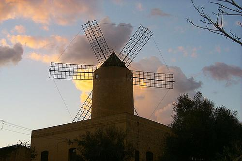 Qala Windmill (Ta ' Randu Windmill)