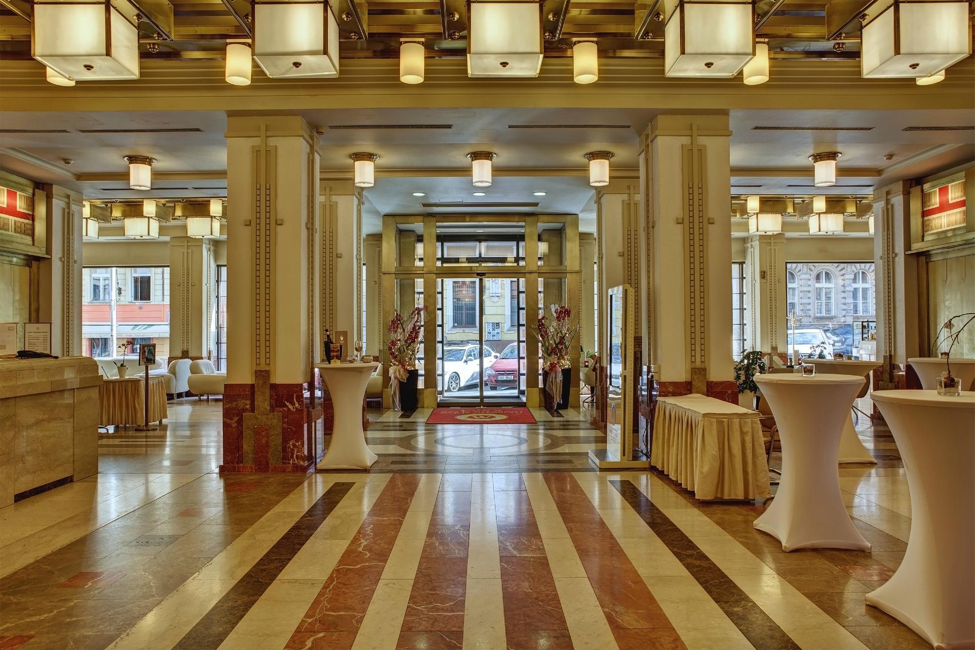 BEST WESTERN PREMIER Hotel Majestic Plaza