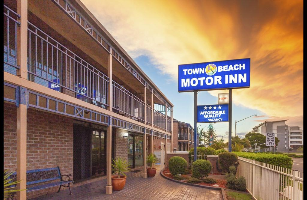 Town Beach Motor Inn Updated 2017 Motel Reviews Price
