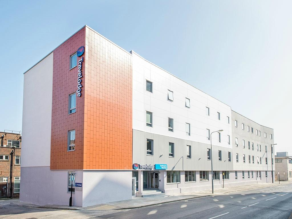 Travelodge Southampton Central Hotel Reviews Photos  Price - Travelodge location map uk
