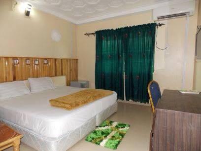 Seaview Hotels Ltd