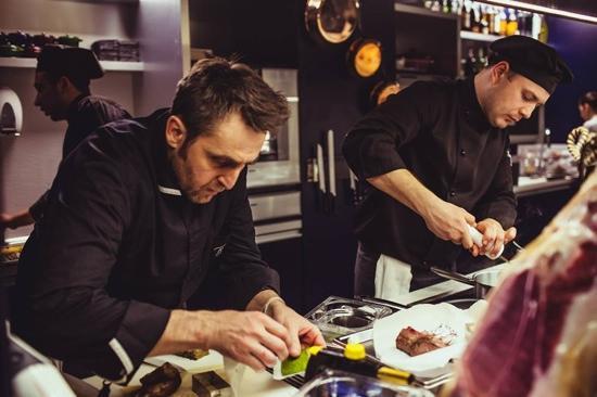 Rafael Restaurant Atelier Boutique