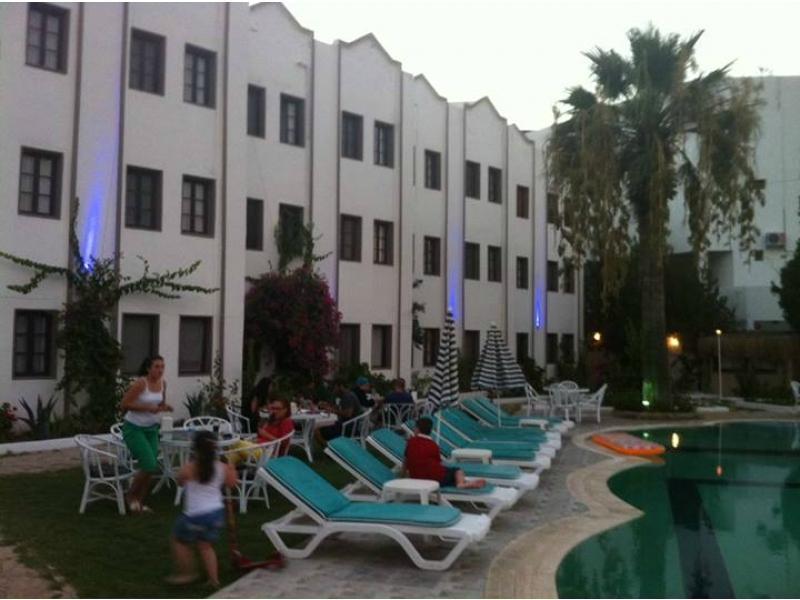 Nevy Life Hotel