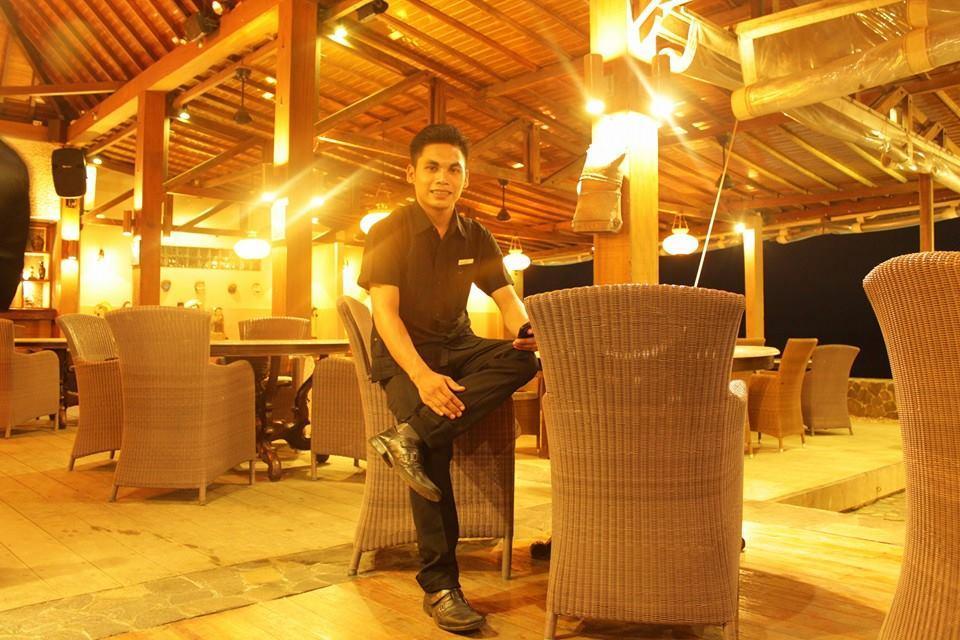 restaurant ballroom
