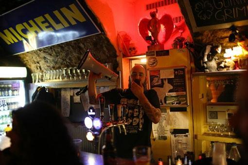 Smuggler's Bar