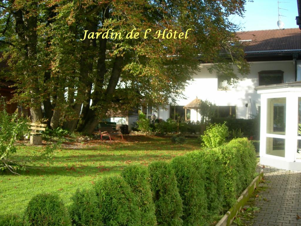 Hotel-Restaurant Karlsteiner Stuben
