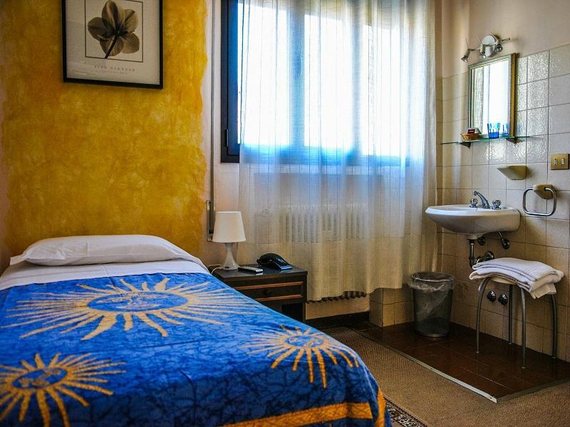 ホテル アッラ フィエラ