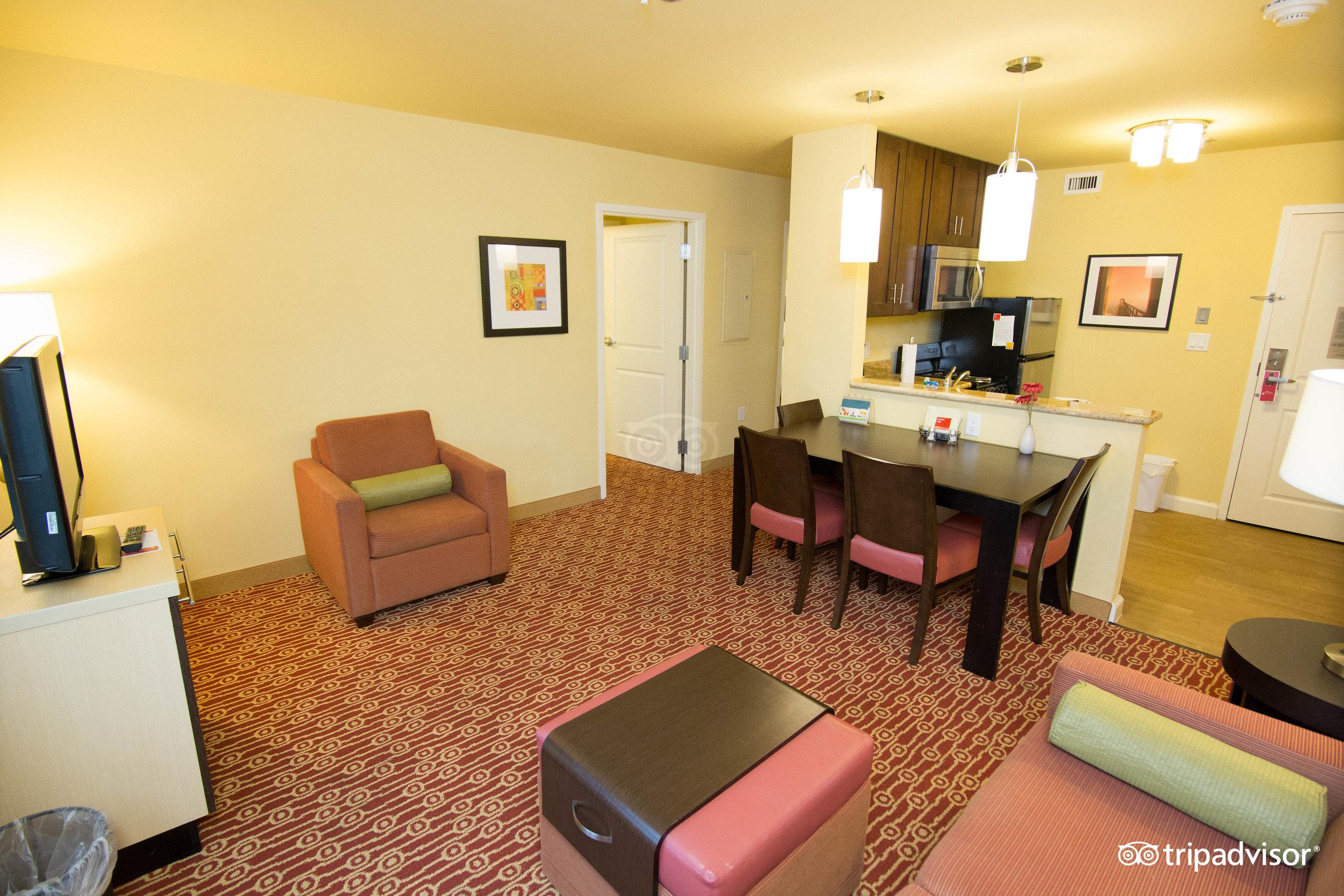 Two Bedroom Suites Galveston Tx Picture On With Two Bedroom Suites  Galveston Tx  Two BedroomTwo Bedroom Suites Dallas Tx   pilotschoolbanyuwangi com. 2 Bedroom Hotel Suites In Dallas Texas. Home Design Ideas