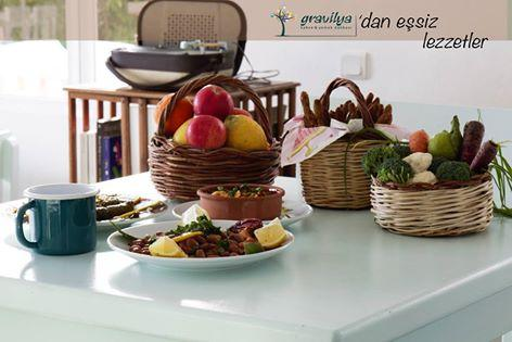 Gravilya Cafe & Restaurant