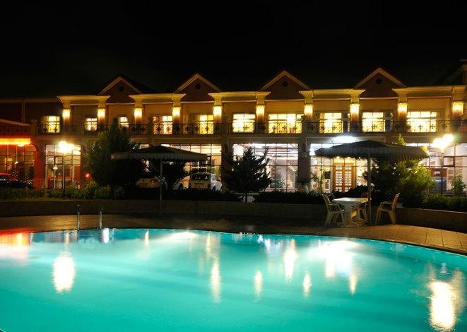 セリン ホテル