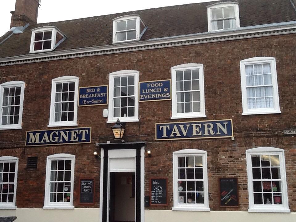 Magnet Tavern