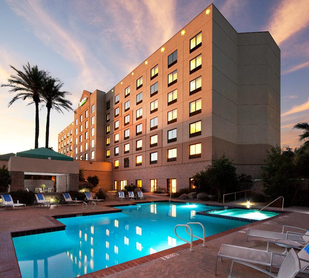 Radisson Hotel Phoenix Airport 89 2 5 4 Updated 2017 Prices Reviews Az Tripadvisor