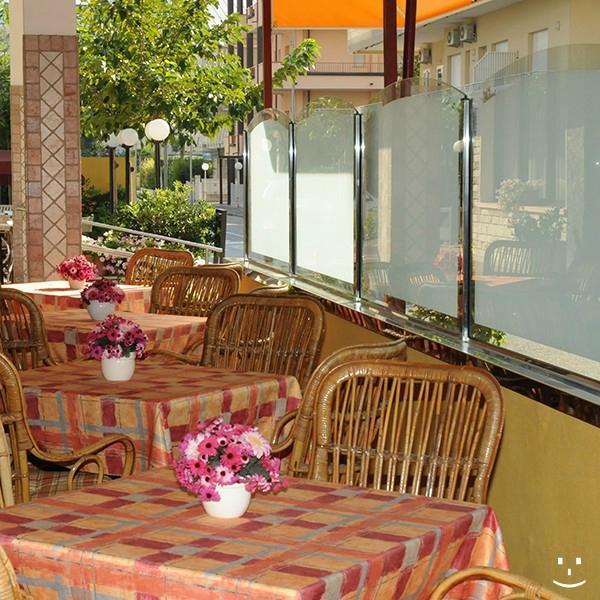 Hotel Mediterraneo (Lido Di Savio, Province of Ravenna): Prezzi 2017 e recens...