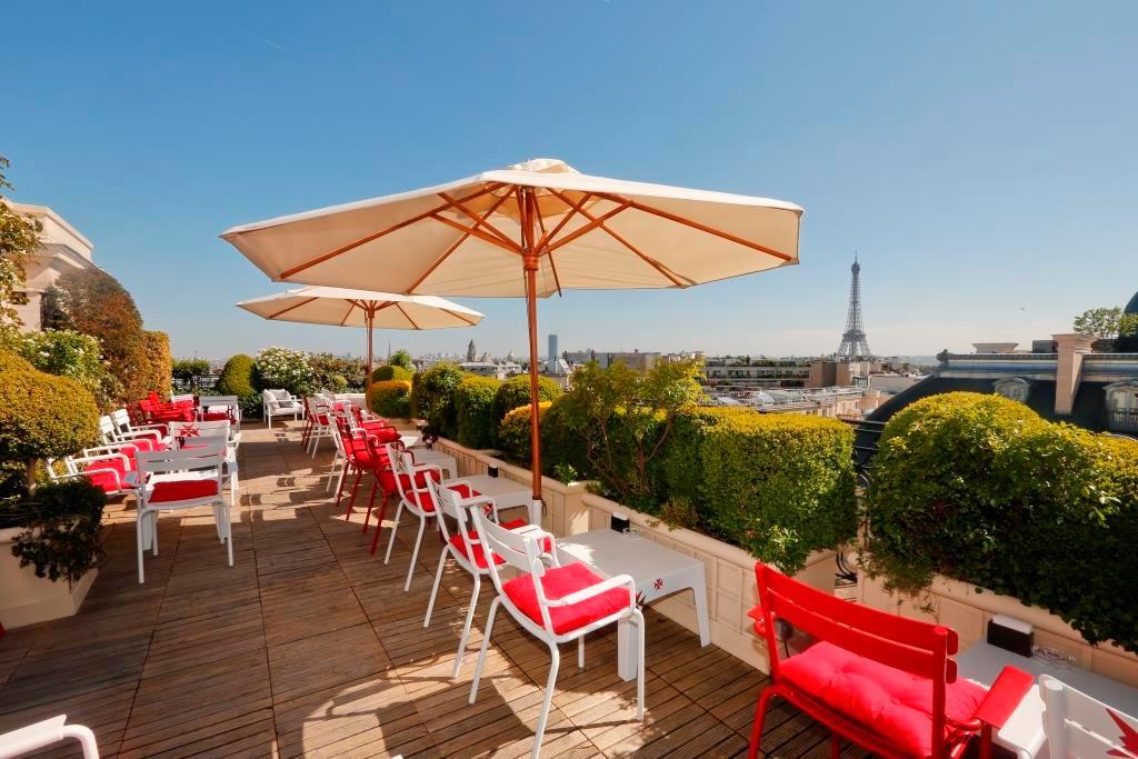 La terrasse hotel raphael paris champs elysees restaurant reviews phone number photos for Photos terrasse