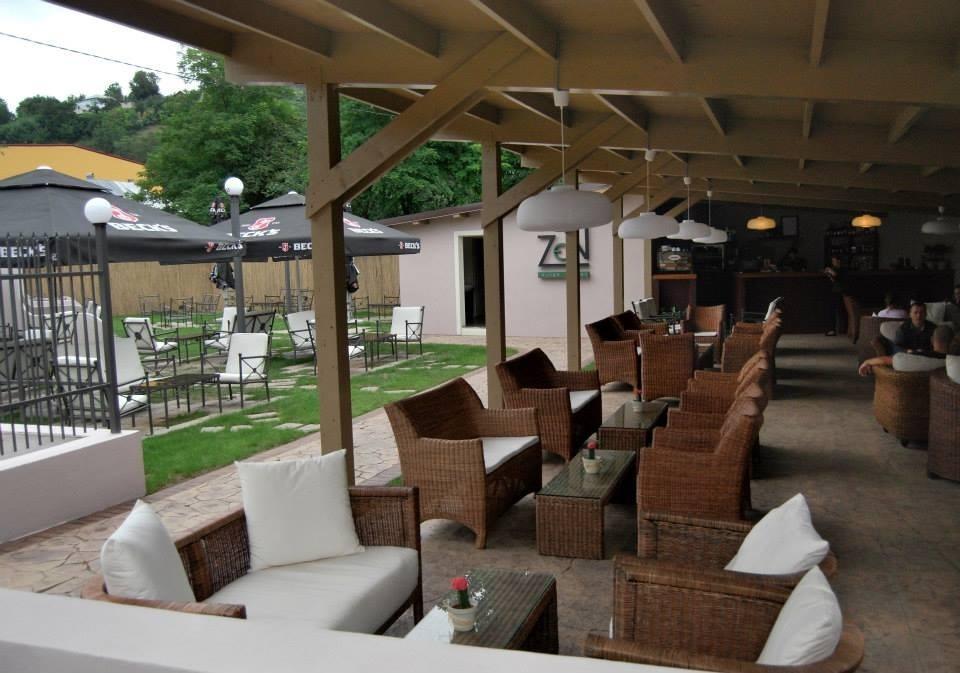 Zen lounge garden piatra neamt restaurantbeoordelingen tripadvisor - Sfeer zen lounge ...