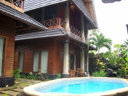 Jimbaran Bay Beach Happy Villa