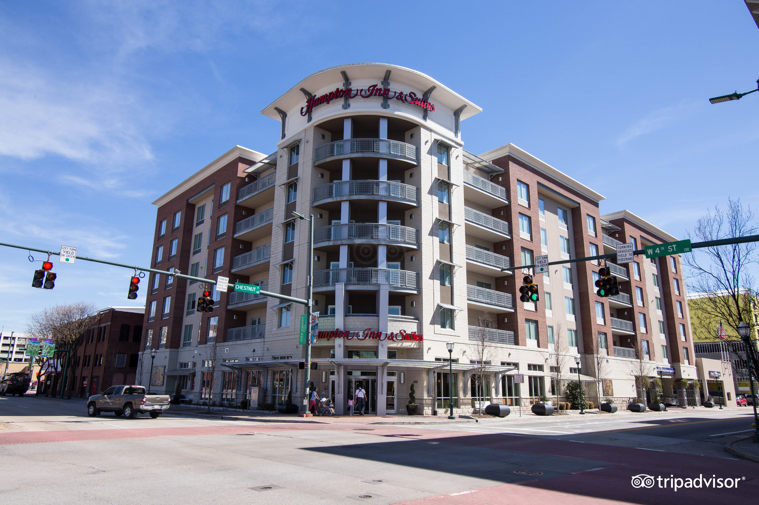 Hampton Inn Suites Chattanooga Downtown Tn 2018